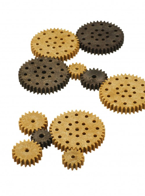 Sprockets from JELU WPC granulate using injection moulding